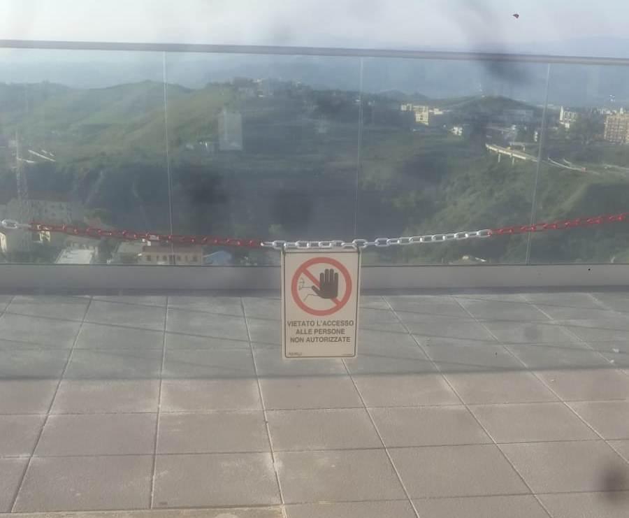 Interdetto temporaneamente accesso balaustra terrazza Bellavista